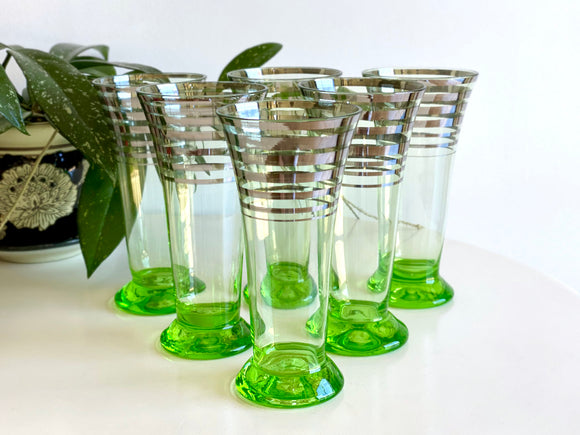 Stunning vintage parfait or wine glasses (x6)