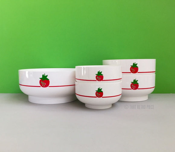 Kayser (West Germany) plastic bowl set