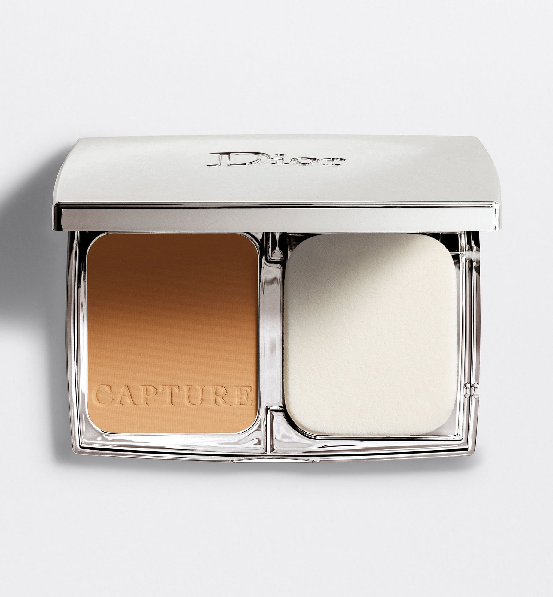 CAPTURE TOTALE TRIPLE CORRECTING POWDER FOUNDATION
