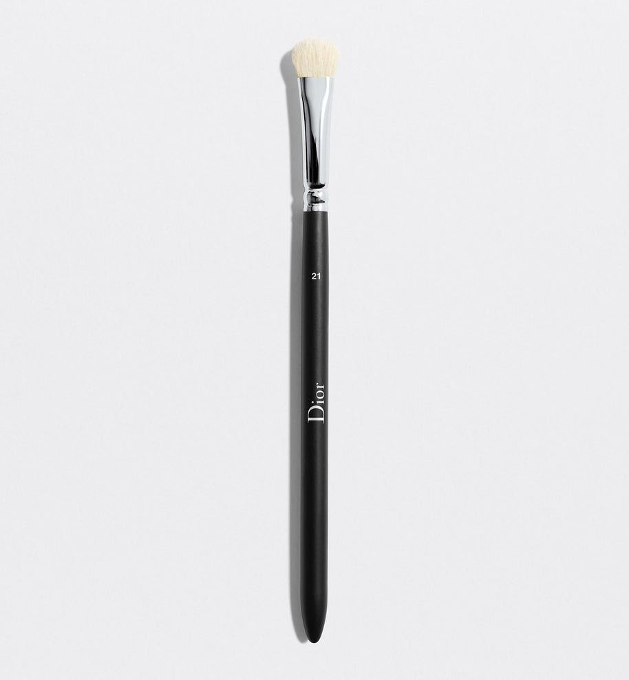 DIOR BACKSTAGE EYESHADOW SHADER BRUSH N° 21