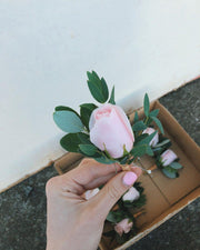 Buttonhole / Pin On Corsage