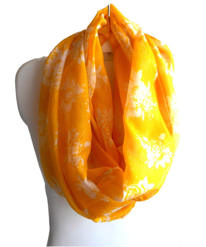 Yellow Rose Print Scarf