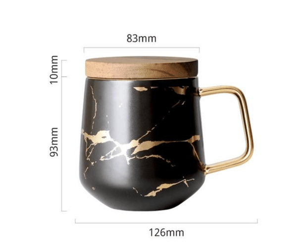 Mug with wooden cover