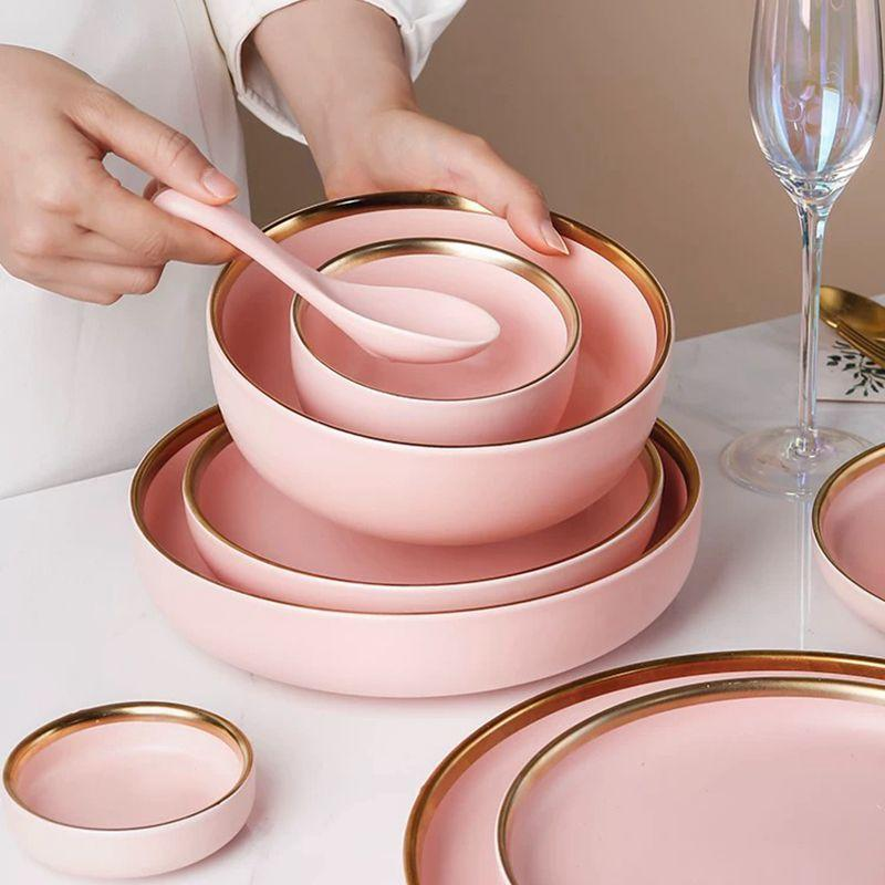 Matte Vercture Plate Set