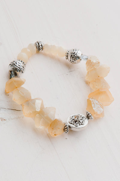 Golden Free Form Quartz Crystal Stretch Bracelet with Agate Beads