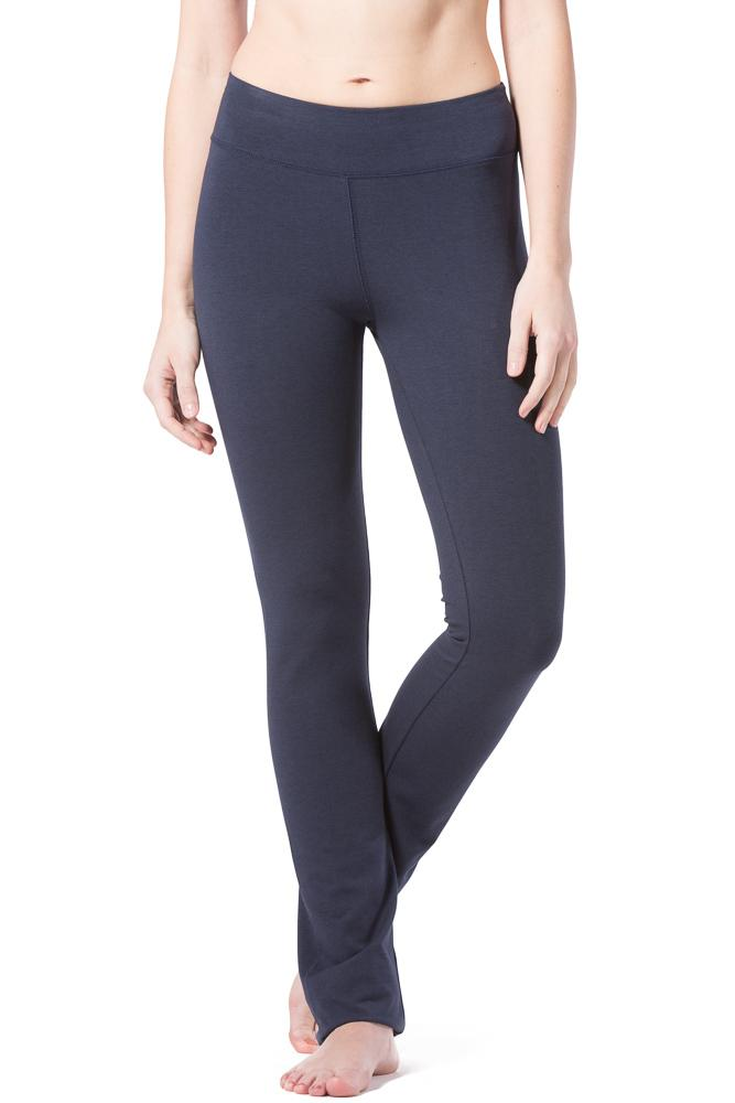 9bd9885d2811d Fishers Finery Women's EcoFabric™ Straight Leg Yoga Pant with Back Pockets