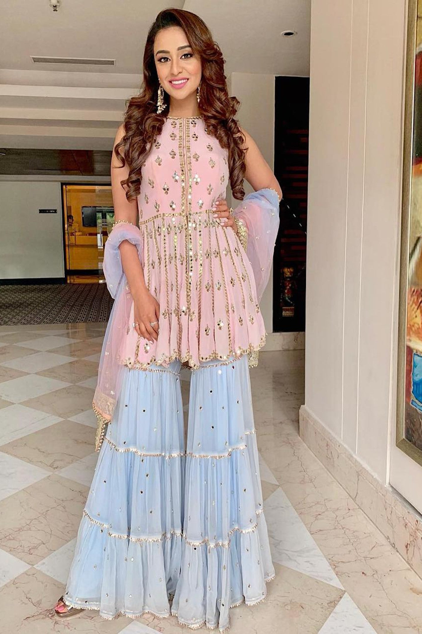 Manvi Kapoor-Celebrity-Musskan-Sethi-wearing-Baby-Pink-Garara-Set-Ethnic-Indian-Womenswear