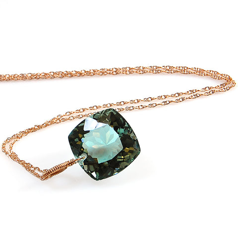 LIGHT GREEN AMETHYST CUSHION CUT SOLITAIRE NECKLACE