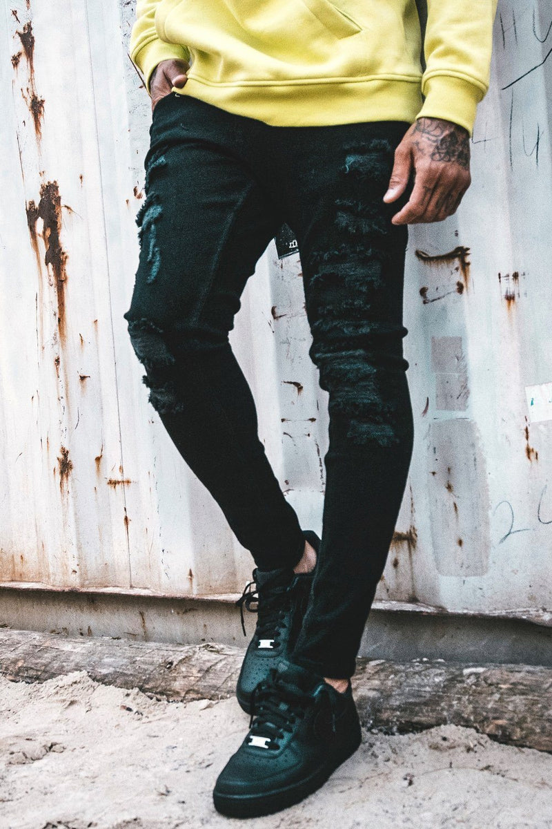Barcelona Jeans Destroyed Black - PEGADOR - Dominate the Hype