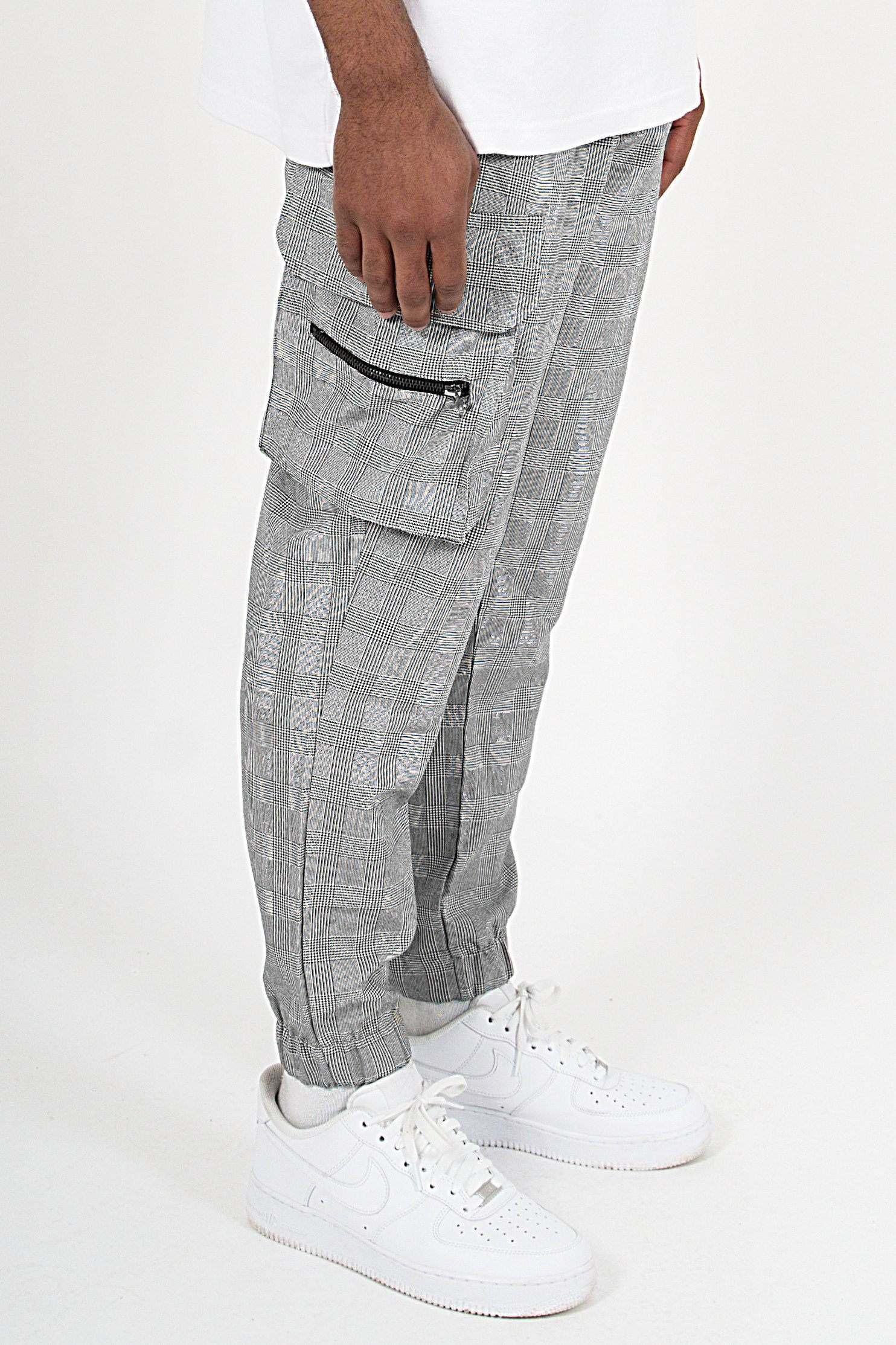 Gastre Checkered Cargo Pants Black White PANTS PEGADOR