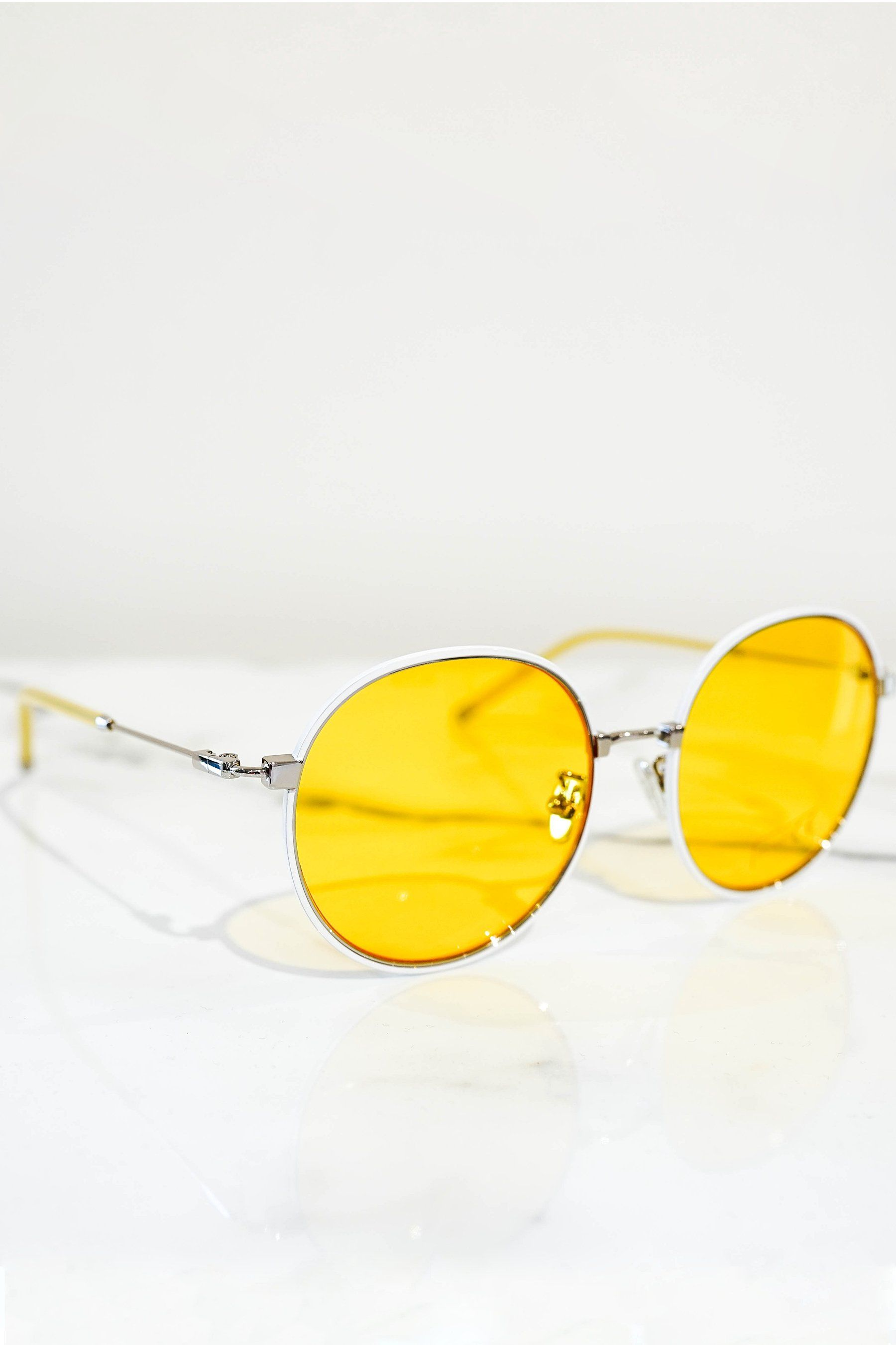 Round sunglasses white with yellow lens - PEGADOR - Dominate the Hype