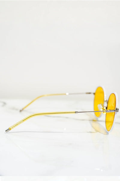 Round sunglasses white with yellow lens
