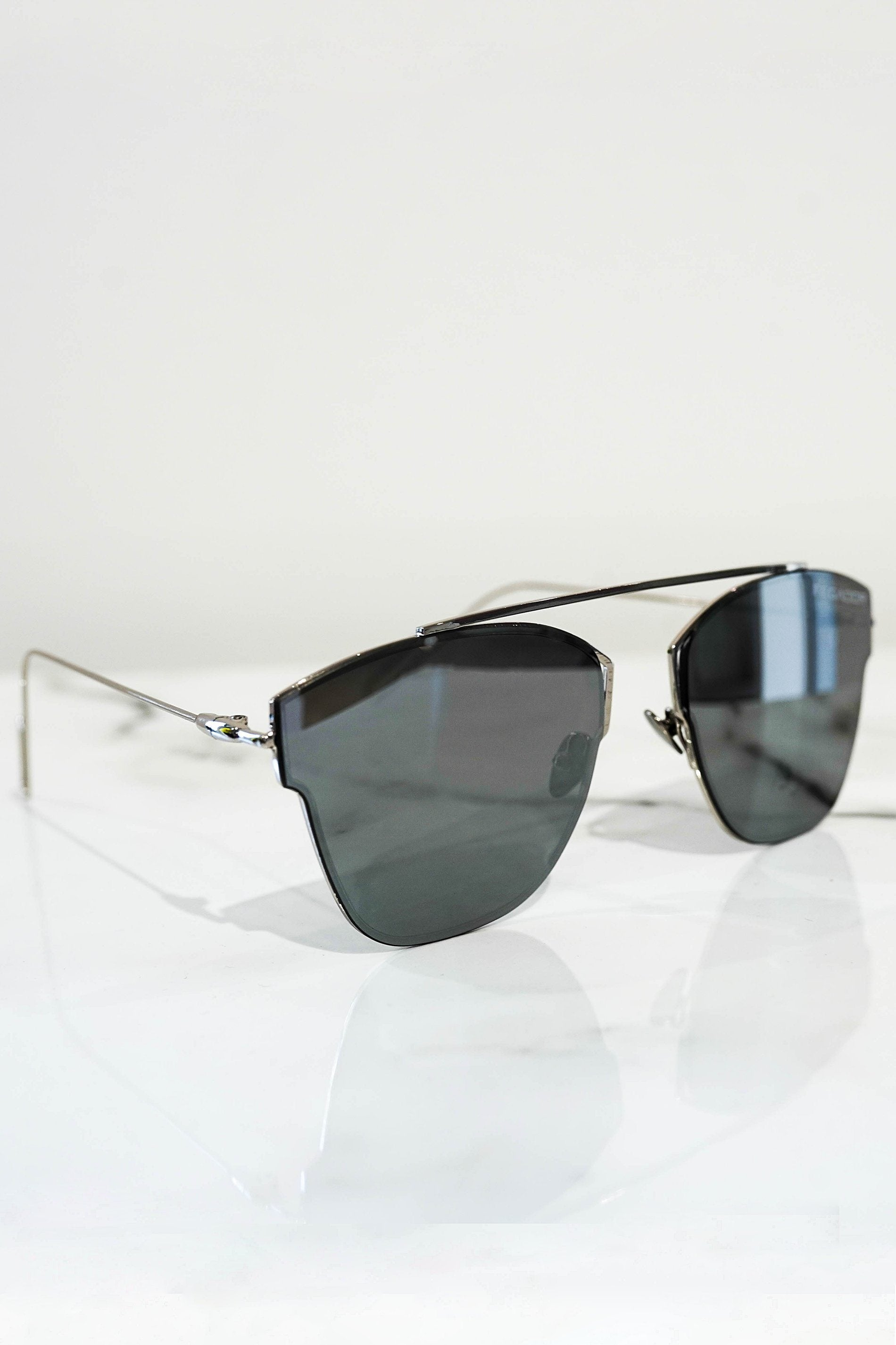 Logo sunglasses silver With mirrored lens