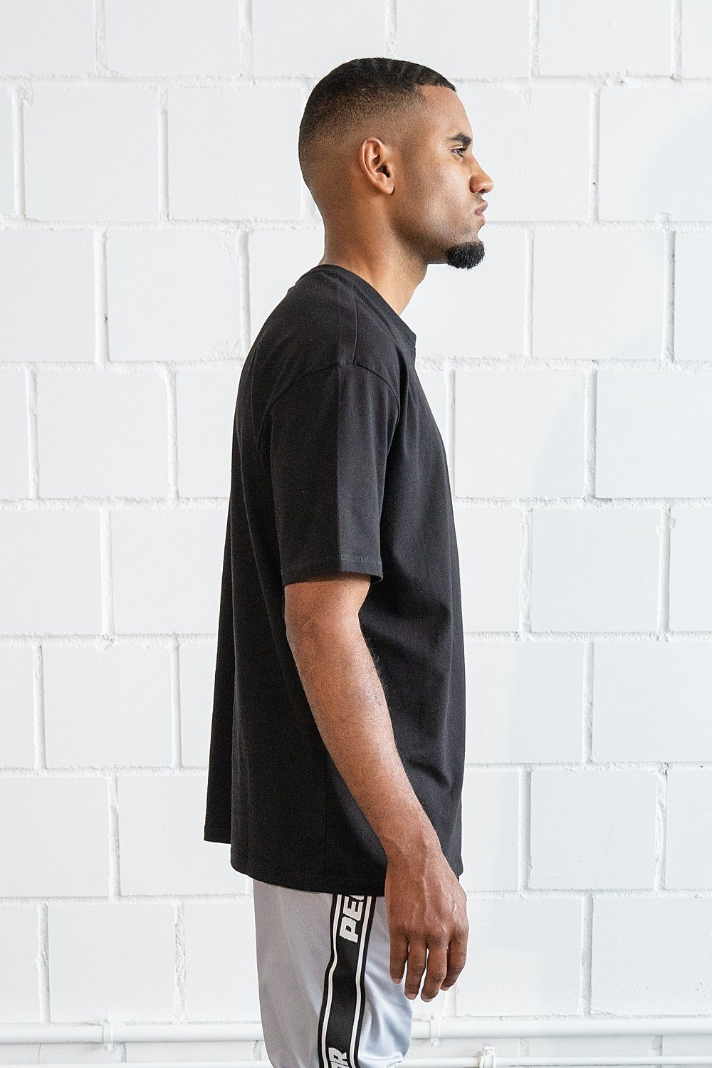 Basic Oversized Tee Black T-SHIRT PEGADOR