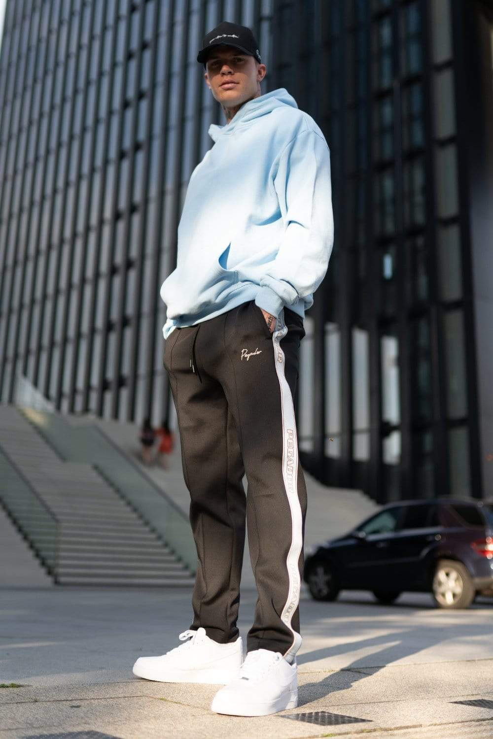 Wide Trackpants Black Baby Blue SWEAT PANTS PEGADOR