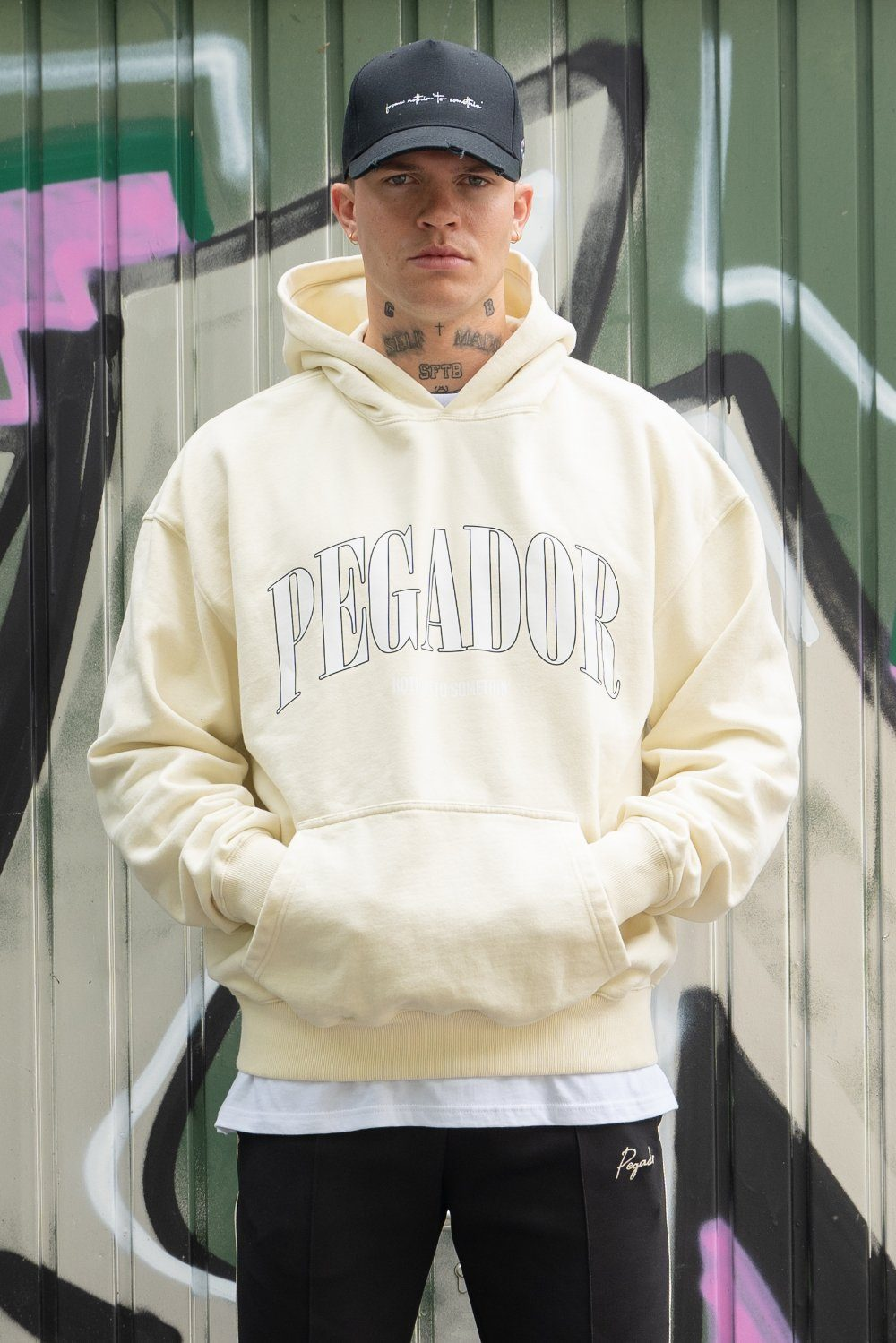 Cali Oversized Hoodie Washed Vanilla Hoodies PEGADOR