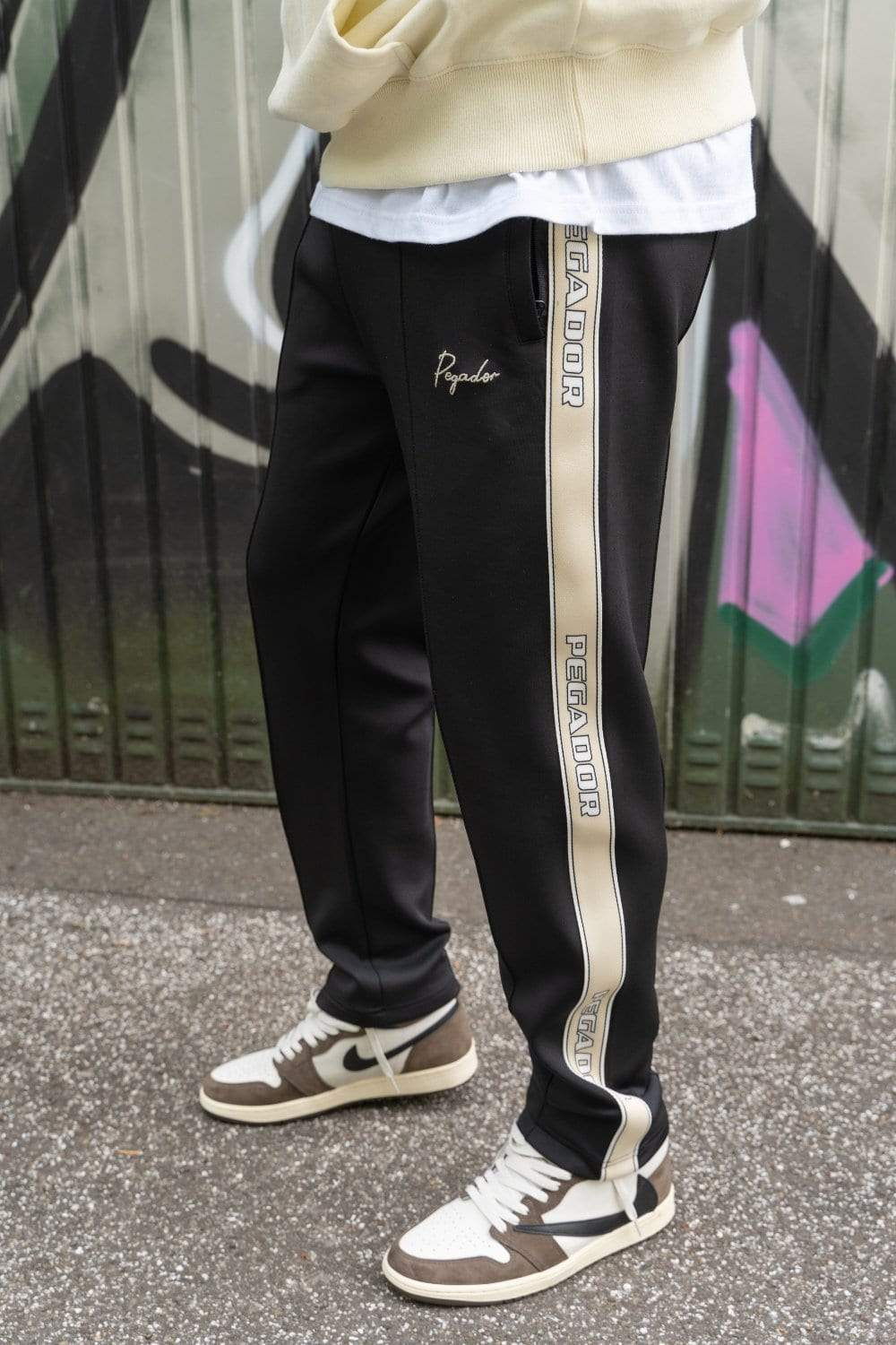 Wide Trackpants Black Vanilla SWEAT PANTS PEGADOR