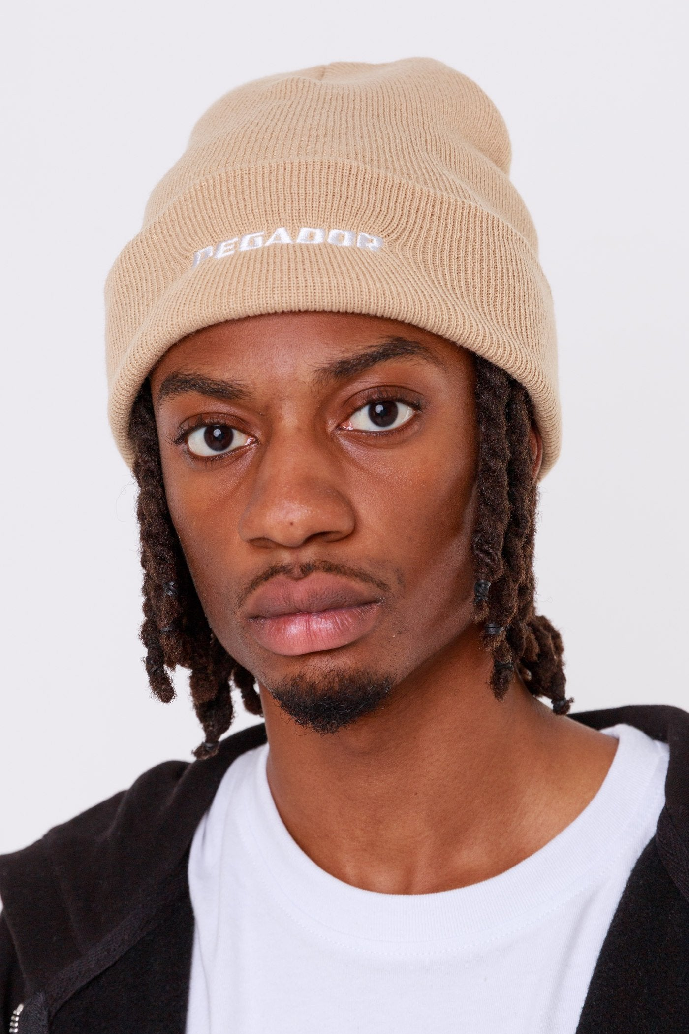 Pegador Logo Beanie Sand Headwear One blood