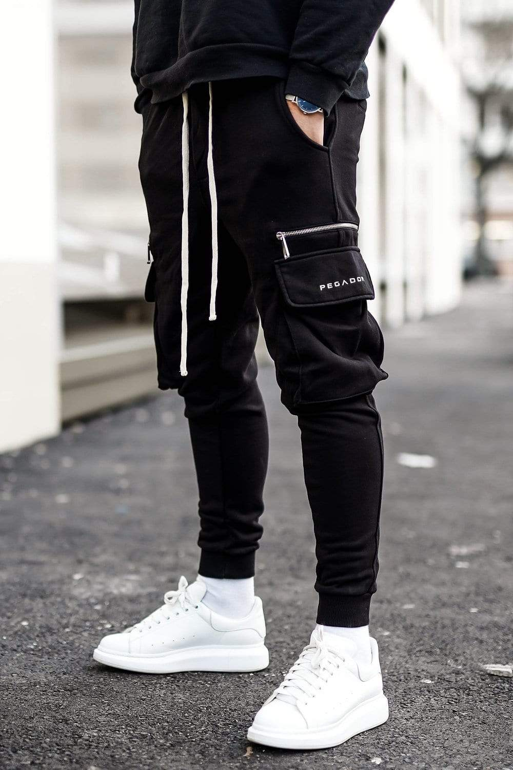Vaio Cargo Pants Black Sweat Pants PEGADOR