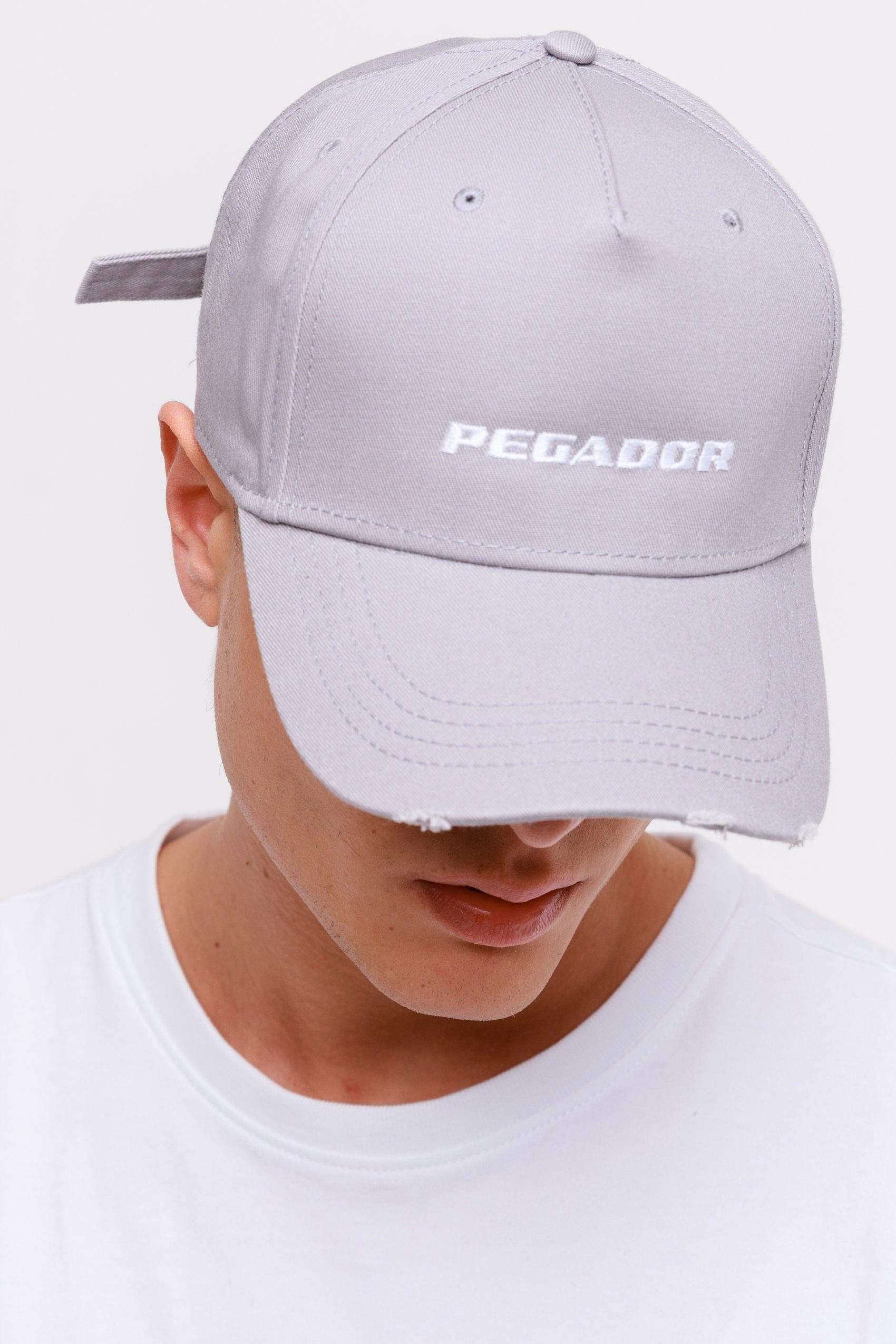 Reo Destroyed Cap Grey White Headwear Frozen