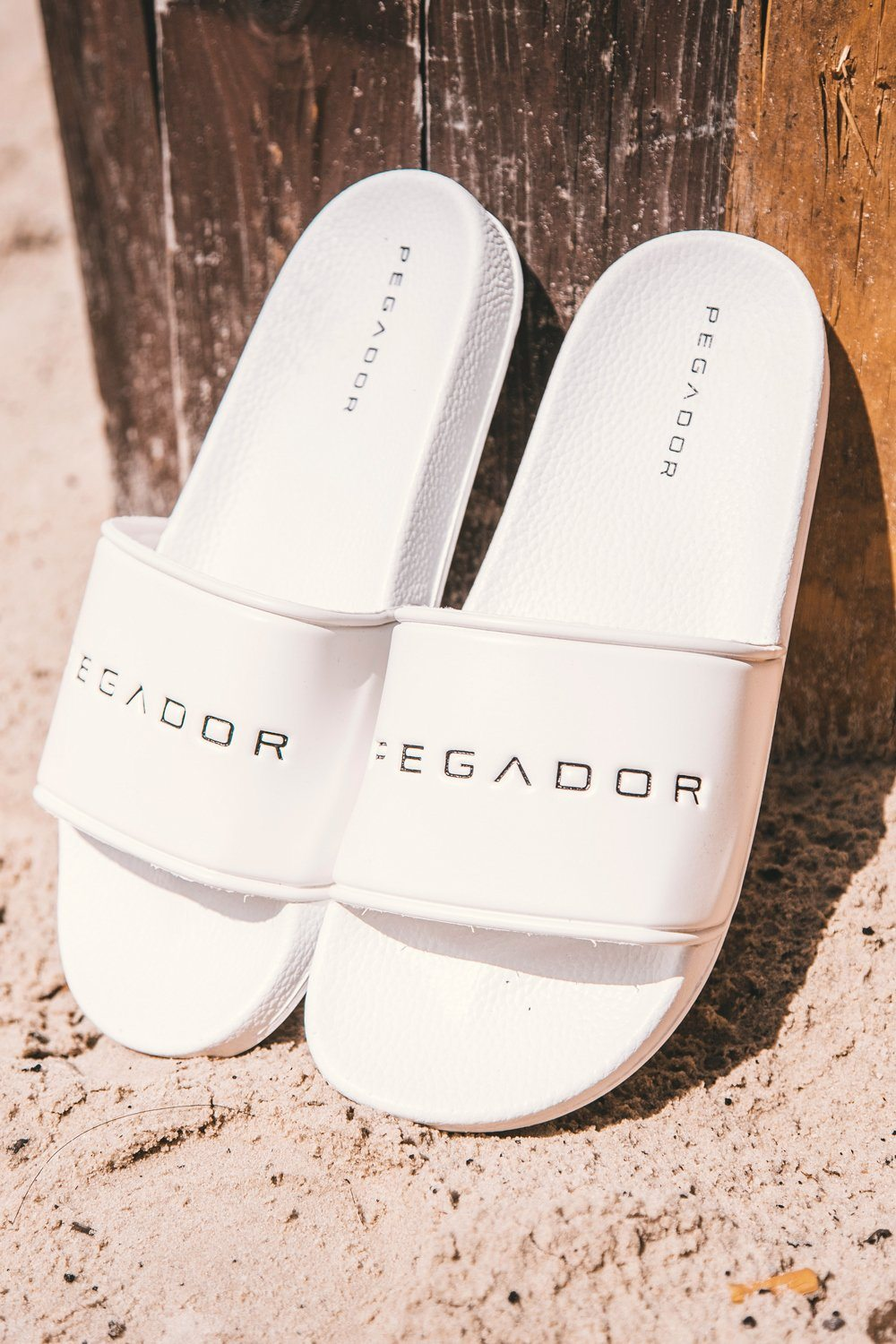 Pegador Sliders White Shoes PEGADOR