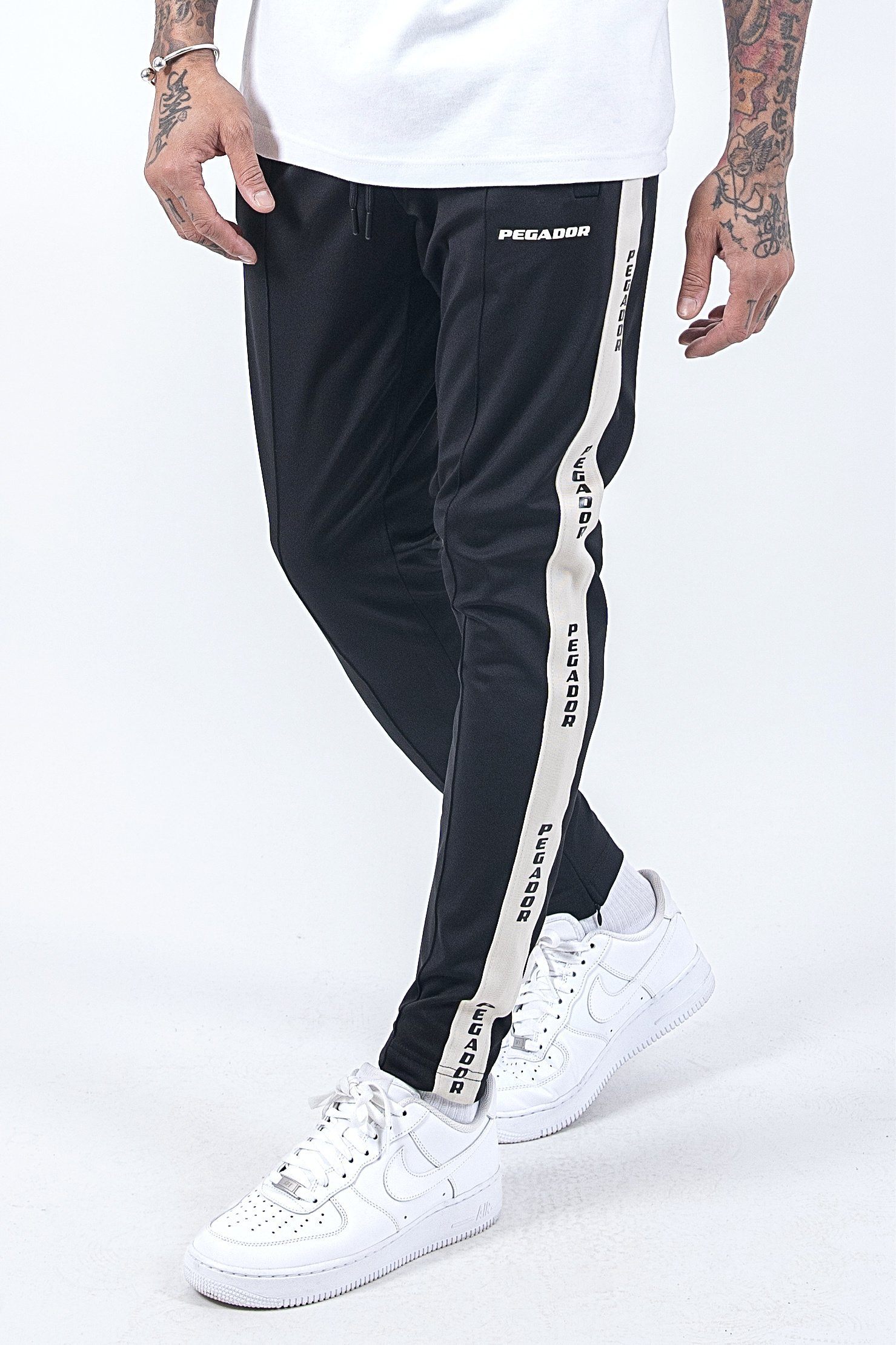 Cabal Logo Jogger Black - PEGADOR - Dominate the Hype