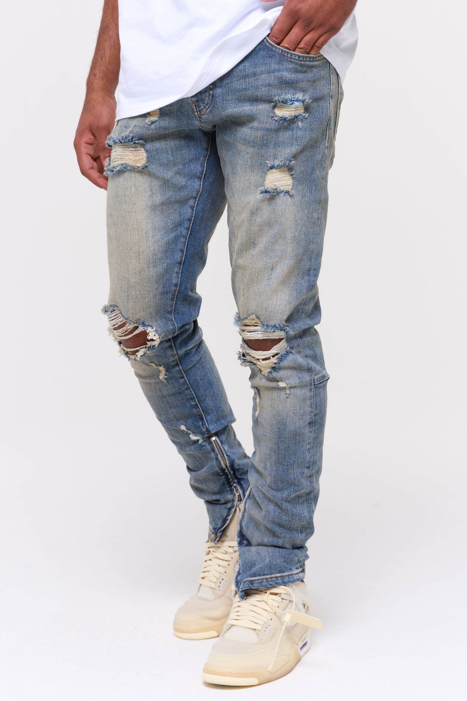 Mitu Distressed Jeans Straw Blue Jeans Wild Society