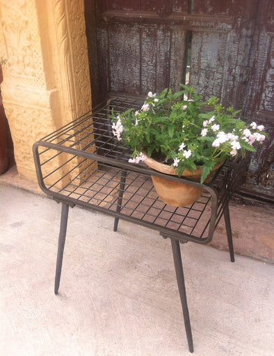 Forma Metal Side Table Planter  (FG9408) - Nomadic Grill + Home - 1