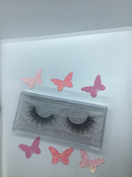 Babydoll Lashes - BeautyByBrinae