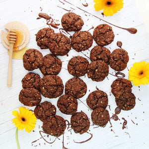 Un-BEE-lievable Choco-Honey Cookies