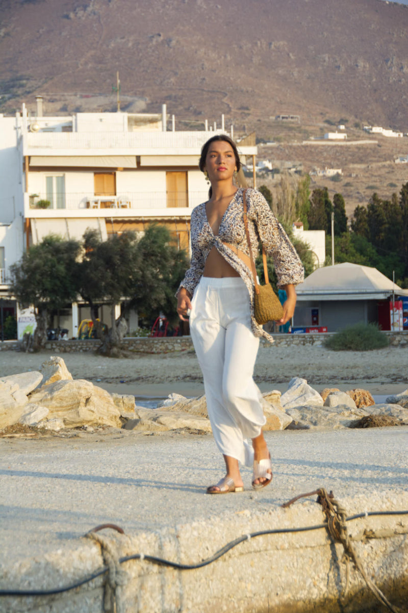 Summer trousers, white with slits