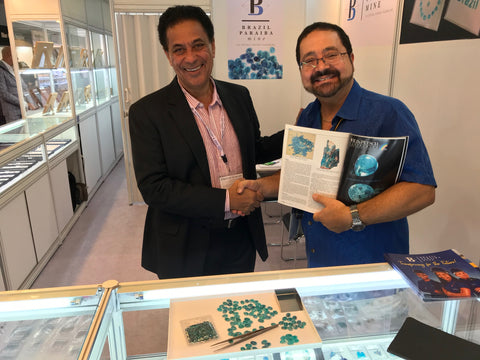 michael valitutti at the hong kong gem show for gems en vogue