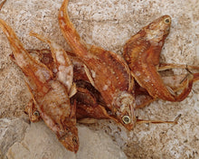 Laden Sie das Bild in den Galerie-Viewer, Golden Anchovies