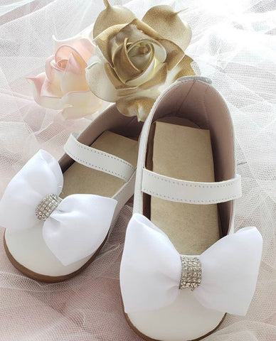 White Leather Bow walking shoe