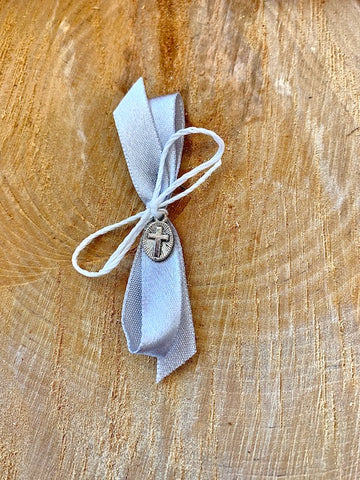 Grey Upright Bow Martyiko/Witness Pin