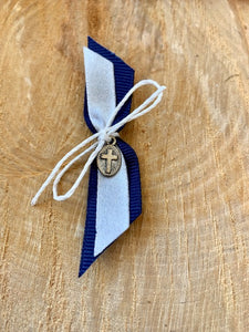Navy and White Upright Bow Martyiko/Witness Pin