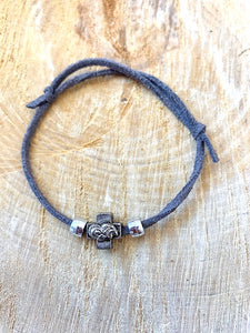 Grey Suede Bracelet Martyiko/Witness Pin