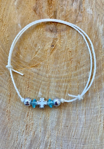 Baby blue and White Bracelet Martyiko/Witness Pin