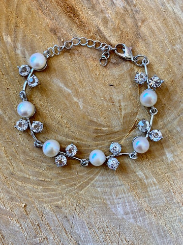 White Fresh Water Pearl and Diamond Bracelet
