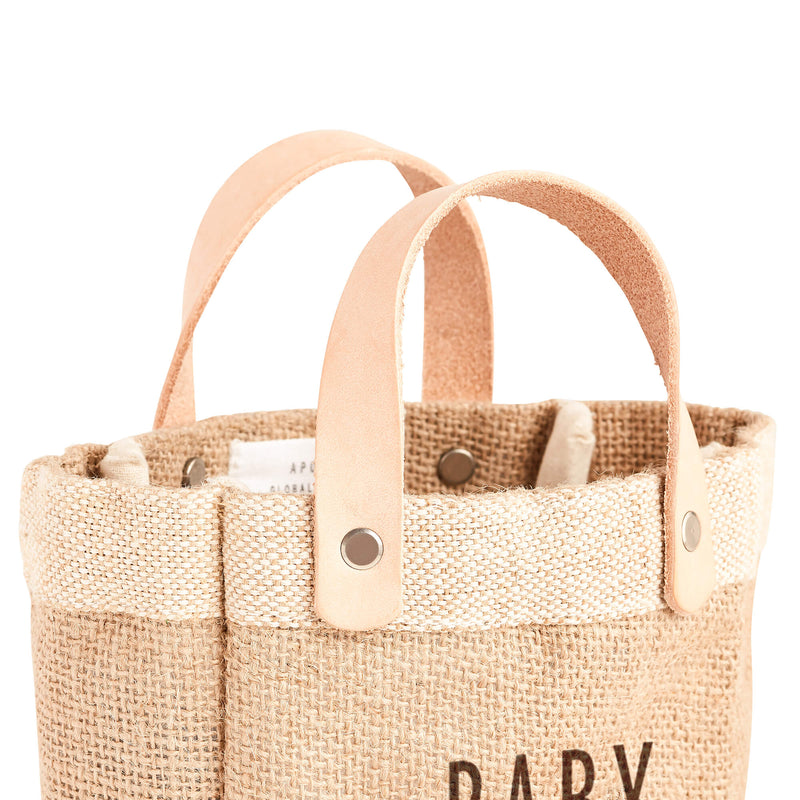 description_Super soft leather handles for your little one.