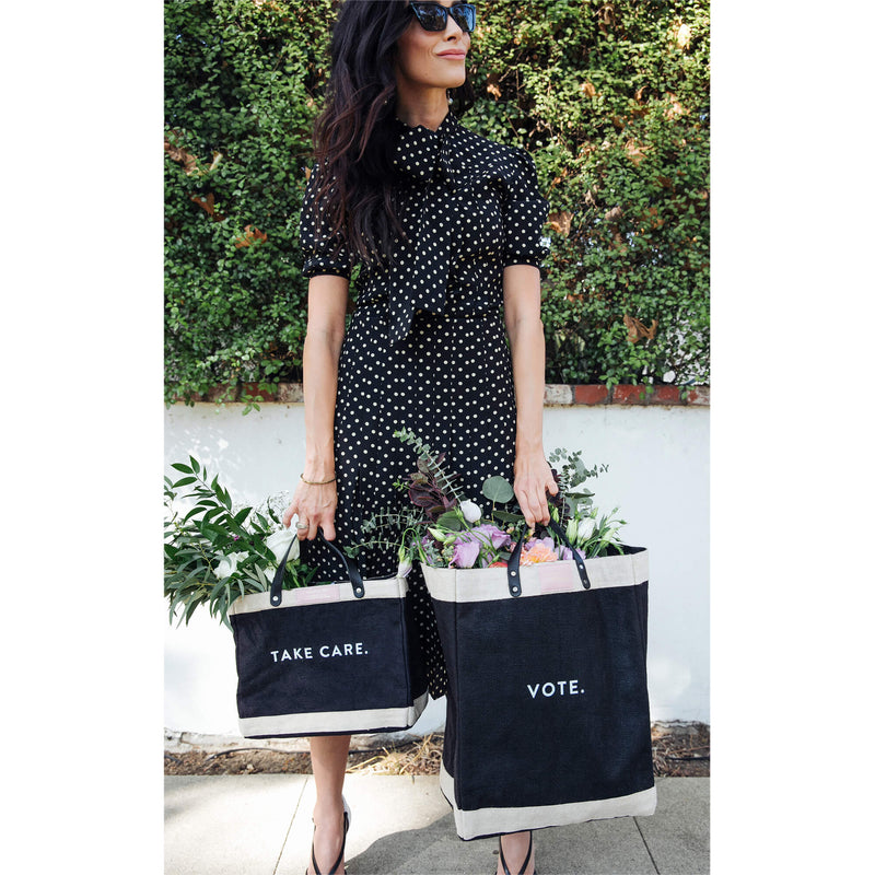 Petite Market Bag in Black for Abigail Spencer