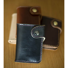 Load image into Gallery viewer, Handmade Veg Tan Leather Vertical Snap Wallet