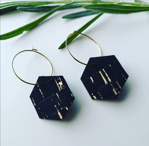 Small Geometric Hoops