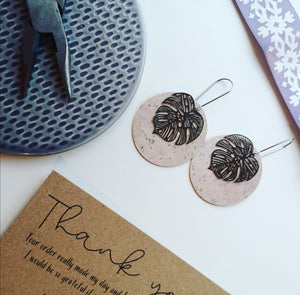Large Monstera Circles (Silver colour)