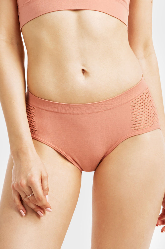 MAMIA LADIES SEAMLESS HIPSTER PANTY W/MESH AT SIDES (LP0237SH2)