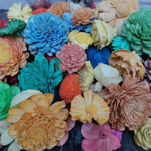 Load image into Gallery viewer, 20pcs Sola Wood Flower Assortment, artificial flower For Parrot Toys