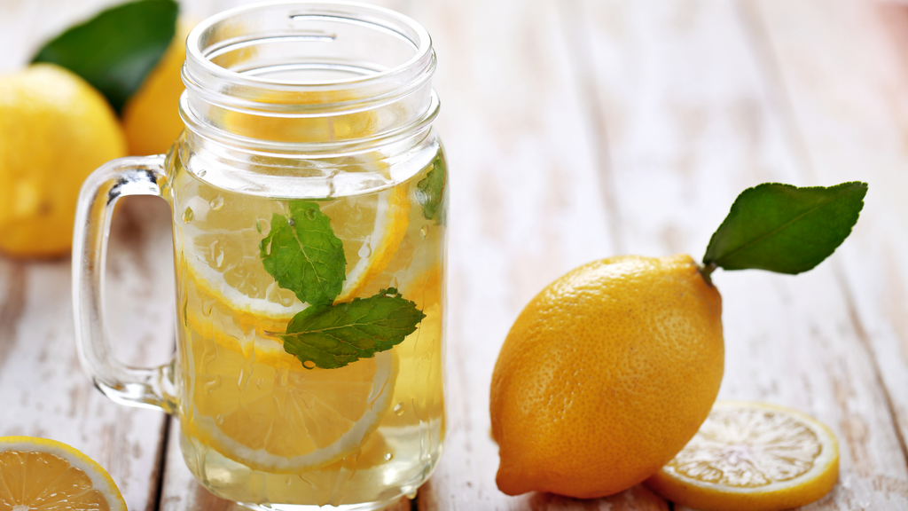 When Life Gives You Lemons- Seven ReasonsWhy you should Make Lemonade Out of Them