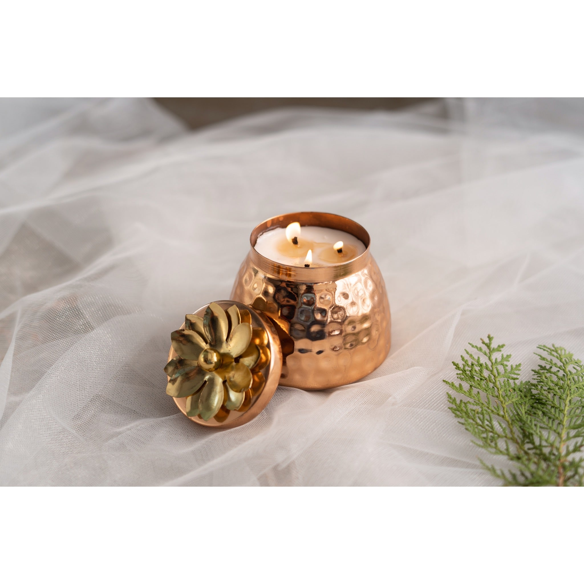 Joyous Beam Candles Rose Gold Multi-wick Handi Scented Candle - Patchouli and Cedarwood 350g