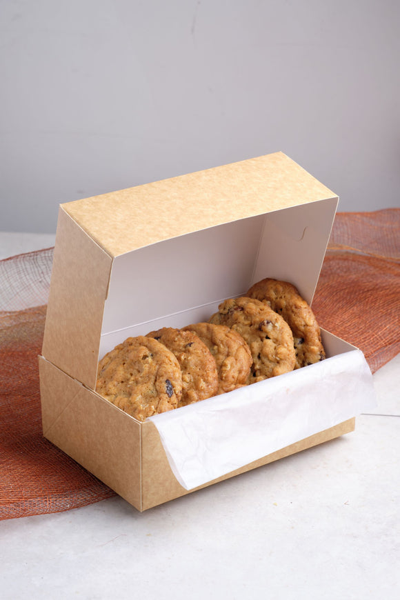 Oatmeal and Cranberry Craft Cookie Box