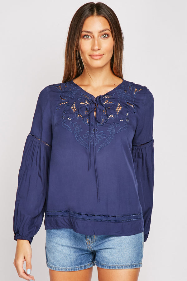 EMBROIDERED CUT OUT DETAIL BLOUSE